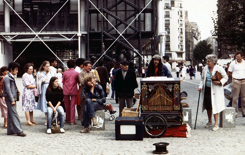 Paris Organ Grinder