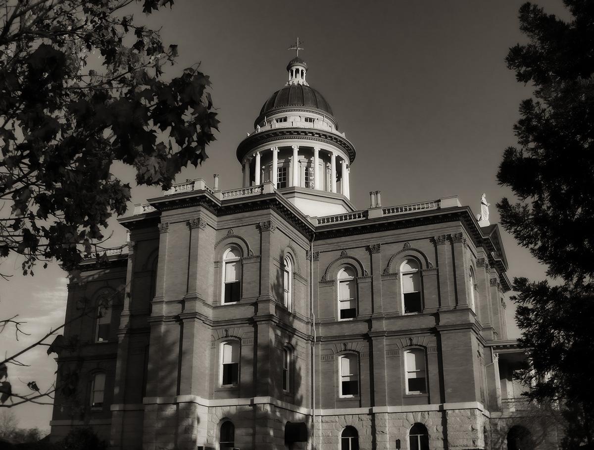 CN - Auburn Courthouse
